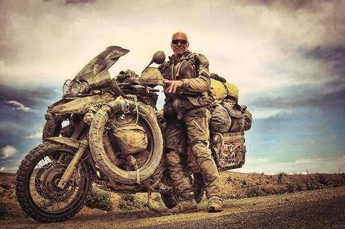 Om det här är du och hur du brukar se ut så kommer du inte att hitta skydd som håller din motorcykel ren, fin och idiotsäker helskyddad. Det gör du ingenstans.